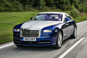 2014_rolls_royce_wraith_three_quarters